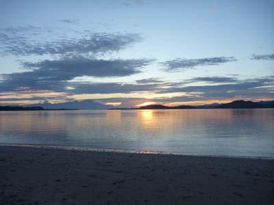 ロンボク島の黄昏時