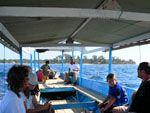 ロンボク島行きの船