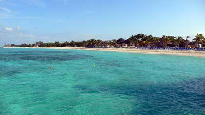 コスメル島南西部Chankanb湾のビーチ