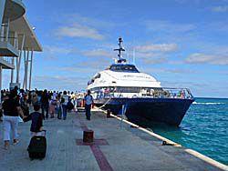 プラヤデルカルメン-コスメル船