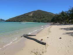 マタザワレブ島ロングビーチ