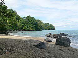 バンダ島:マロレビーチ