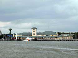 サトゥーンの港