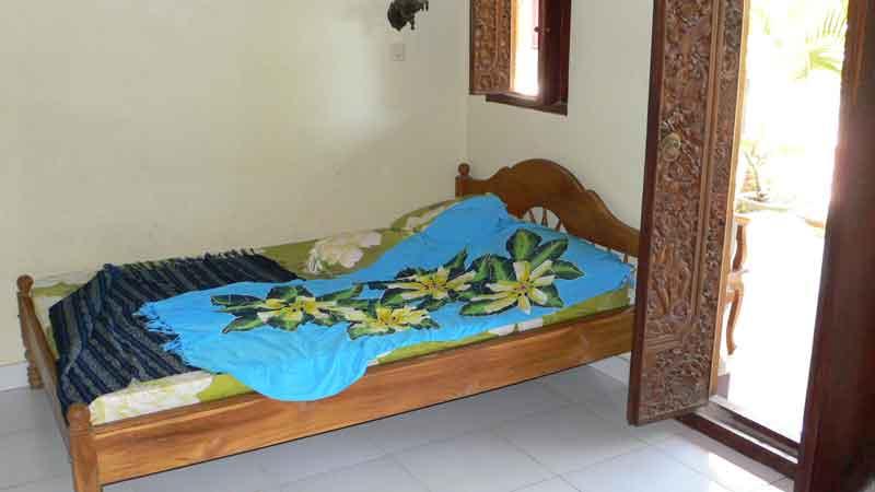 ペニダ島の宿の部屋