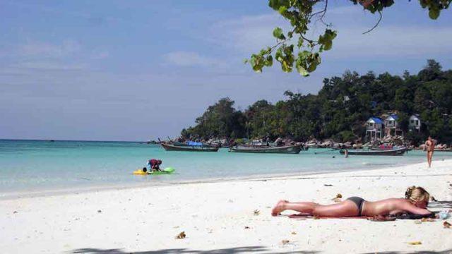 リペ島のビーチ
