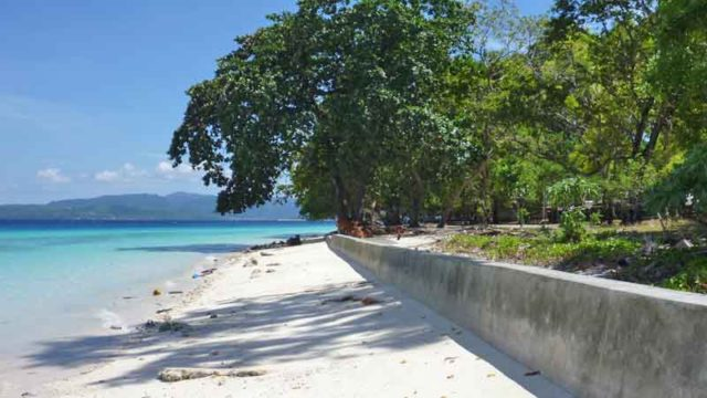 インドネシア アンボン島 リアンビーチ
