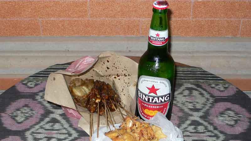 インドネシアペニダ島でブンクスしたご飯