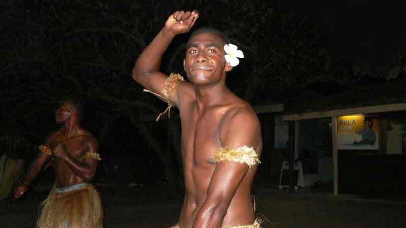 フィジー ヤサワのダンサー