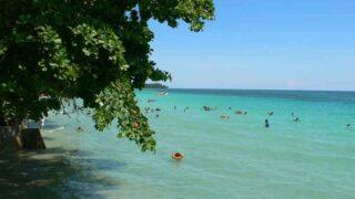 アンボンのナセパビーチ